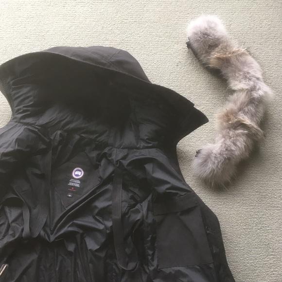 canada goose jacket coyote